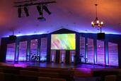 Screen Innovations Screen at Church of the Emmanuel